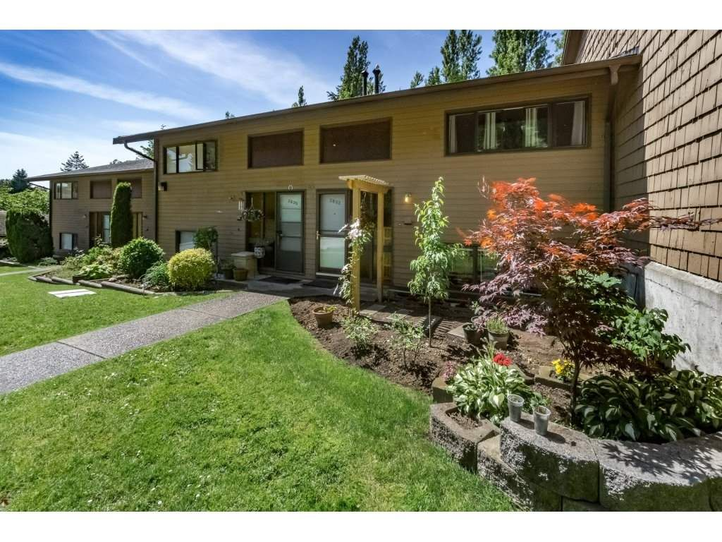 Main Photo: 2833 NEPTUNE CRESCENT in : Simon Fraser Hills Condo for sale : MLS®# R2174256