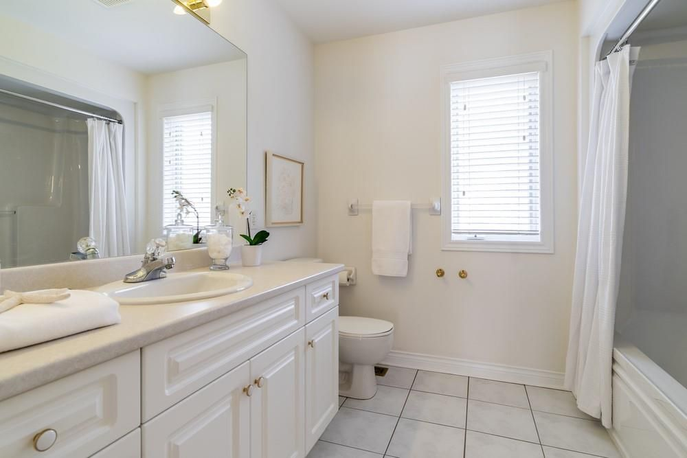 Photo 26: Photos: 1105 Westhaven Drive in Burlington: Residential for sale : MLS®# H4105053