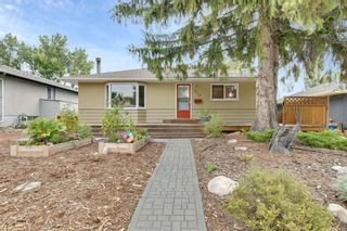 Photo 1: 324 Trafford Drive NW in Calgary: Thorncliffe Detached for sale : MLS®# A1140526