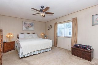 Photo 13: 5 1536 Middle Rd in View Royal: VR Glentana Manufactured Home for sale : MLS®# 775203