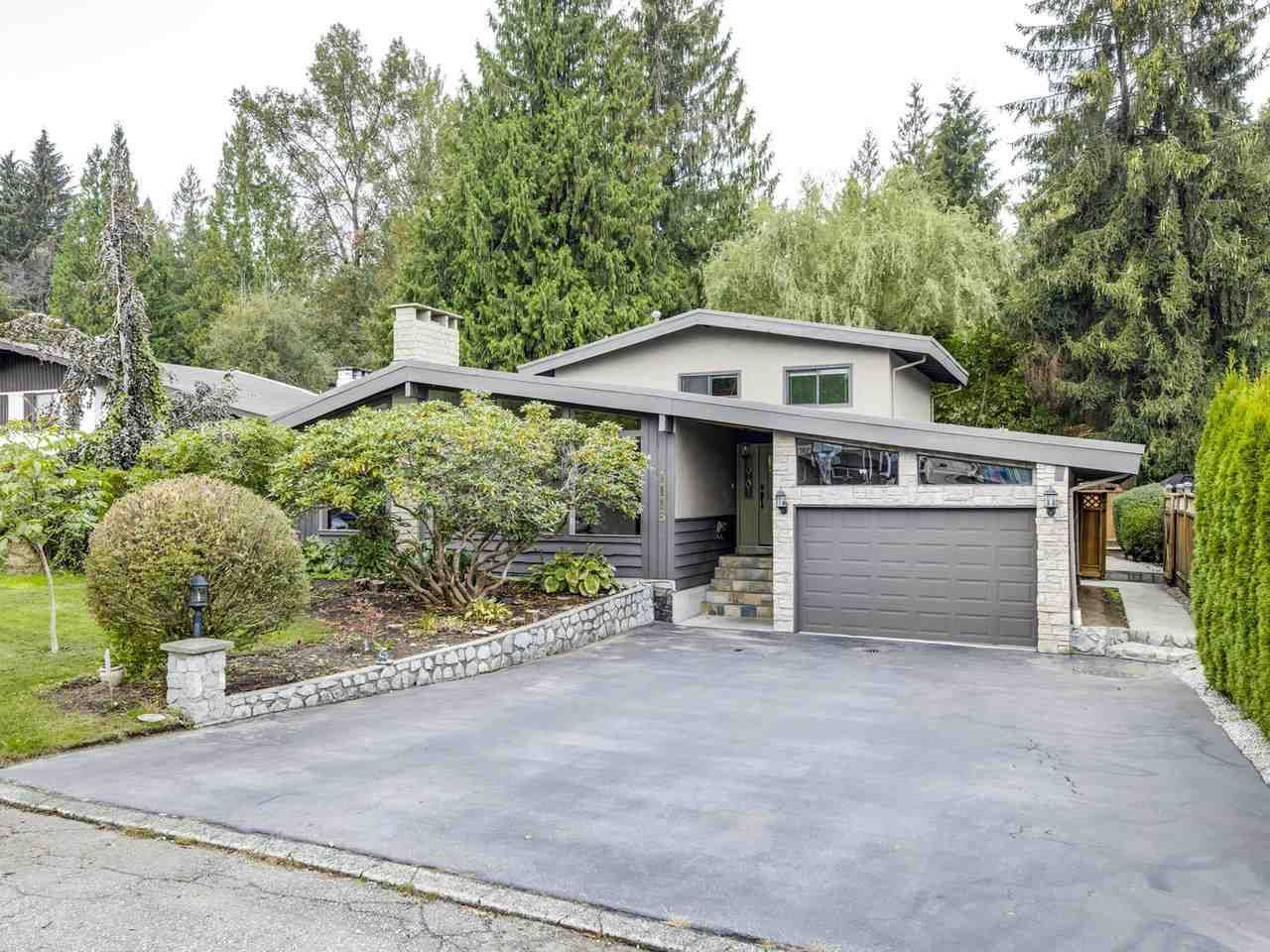 "Main Photo: 1113 BLUE HERON Crescent in Port Coquitlam: Lincoln Park PQ House for sale in ""LINCOLN PARK PQ"" : MLS®# R2509725"