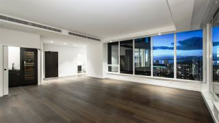 """Photo 7: 2501 620 CARDERO Street in Vancouver: Coal Harbour Condo for sale in """"Cardero"""" (Vancouver West)  : MLS®# R2532352"""