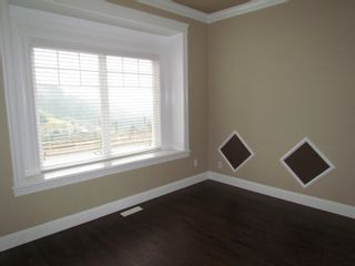 """Photo 8: 45941 WEEDEN DR in CHILLIWACK: Vedder S Watson-Promontory House for rent in """"PROMONTORY"""" (Sardis)"""