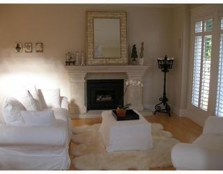 Photo 4:  in Vancouver East: Hastings East House for sale : MLS®# V685553