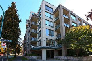 """Photo 2: 503 1888 YORK Avenue in Vancouver: Kitsilano Condo for sale in """"THE YORKVILLE"""" (Vancouver West)  : MLS®# R2516833"""