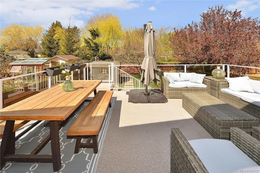 Photo 27: Photos: 1620 Burton Ave in Victoria: Vi Oaklands House for sale : MLS®# 838532