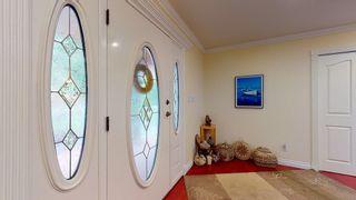 "Photo 2: 5827 DEERHORN Drive in Sechelt: Sechelt District House for sale in ""Sandy Hook"" (Sunshine Coast)  : MLS®# R2552928"
