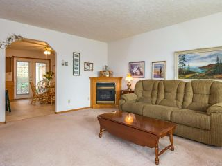 Photo 13: 2216 E 9th St in COURTENAY: CV Courtenay East House for sale (Comox Valley)  : MLS®# 795198