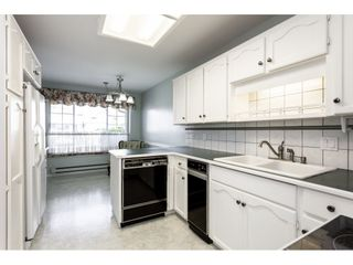"""Photo 3: 8 33922 KING Road in Abbotsford: Poplar Townhouse for sale in """"Kingsview Estates"""" : MLS®# R2358712"""