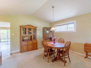 Photo 3: 435 Day Pl in PARKSVILLE: PQ Parksville House for sale (Parksville/Qualicum)  : MLS®# 839857