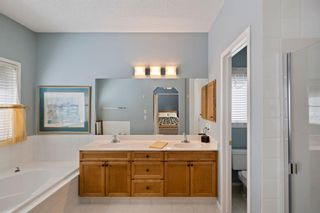 Photo 13: 57 Rocky Ridge Gardens NW in Calgary: Rocky Ridge Detached for sale : MLS®# A1098930