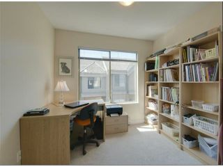 """Photo 17: 1534 BEST Street: White Rock Townhouse for sale in """"The Courtyards"""" (South Surrey White Rock)  : MLS®# F1316341"""