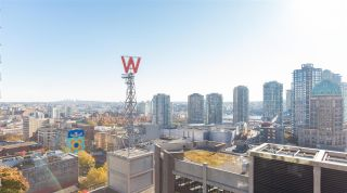 """Photo 16: 2106 128 W CORDOVA Street in Vancouver: Downtown VW Condo for sale in """"WOODWARDS W43"""" (Vancouver West)  : MLS®# R2222089"""