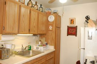 Photo 6: EAST SAN DIEGO Condo for sale : 1 bedrooms : 6650 Amherst St #4C in San Diego
