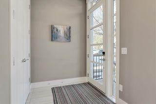 Photo 2: 2019 41 Avenue SW in Calgary: Altadore Semi Detached for sale : MLS®# C4235237