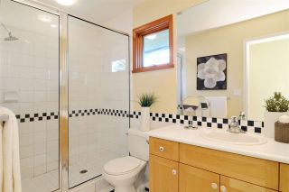 Photo 13: 3968 SOUTHWOOD Street in Burnaby: South Slope House for sale (Burnaby South)  : MLS®# R2102171