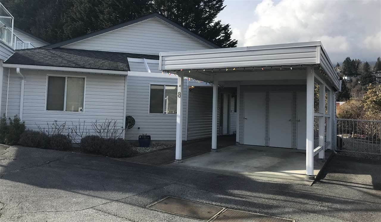 """Main Photo: 8 699 DOUGALL Road in Gibsons: Gibsons & Area Townhouse for sale in """"MARINA PLACE"""" (Sunshine Coast)  : MLS®# R2392536"""