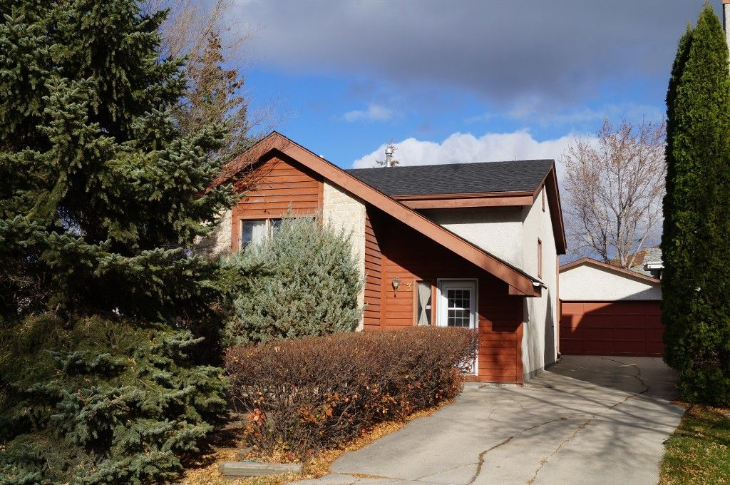 Main Photo: 3 Sand Lily Drive in Winnipeg: Single Family Detached for sale (River Park South)  : MLS®# 1426863