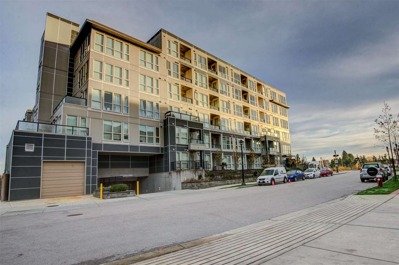 """Main Photo: 687 4133 STOLBERG Street in Richmond: West Cambie Condo for sale in """"REMY"""" : MLS®# R2123017"""
