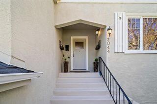 Photo 4: 2044 Beach Dr in Oak Bay: OB Estevan House for sale : MLS®# 872174