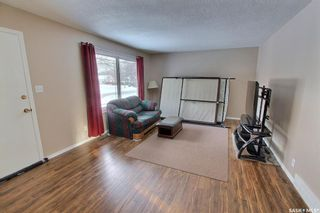 Photo 4: 459 25th Street East in Prince Albert: East Hill Residential for sale : MLS®# SK845753
