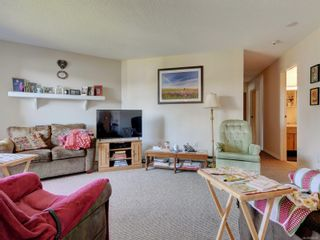 Photo 3: 205 71 W Gorge Rd in : SW Gorge Condo for sale (Saanich West)  : MLS®# 886526