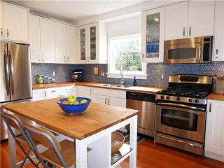 """Photo 4: 1517 KITCHENER Street in Vancouver: Grandview VE House for sale in """"COMMERCIAL DRIVE"""" (Vancouver East)  : MLS®# V1114748"""