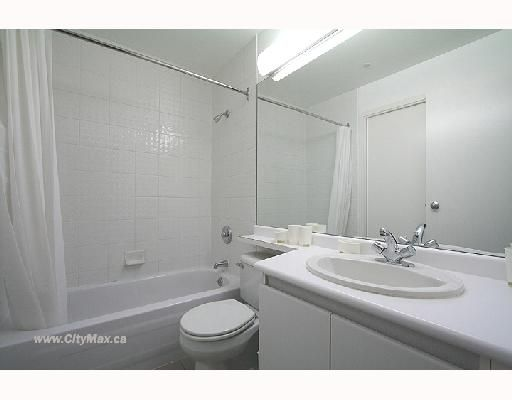 """Photo 4: Photos: 703 989 NELSON Street in Vancouver: Downtown VW Condo for sale in """"ELECTRA"""" (Vancouver West)  : MLS®# V663714"""