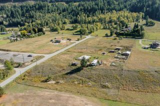 Photo 4: 957 DIVISION ROAD in Castlegar: Vacant Land for sale : MLS®# 2461253