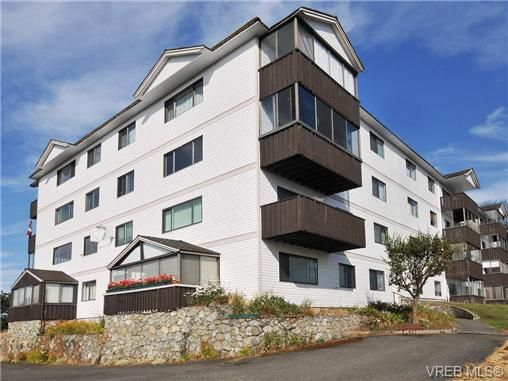 Main Photo: 308 929 Esquimalt Rd in VICTORIA: Es Old Esquimalt Condo for sale (Esquimalt)  : MLS®# 736713