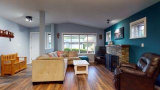 Photo 4: 5709 CASCADE Crescent in Sechelt: Sechelt District House for sale (Sunshine Coast)  : MLS®# R2520079