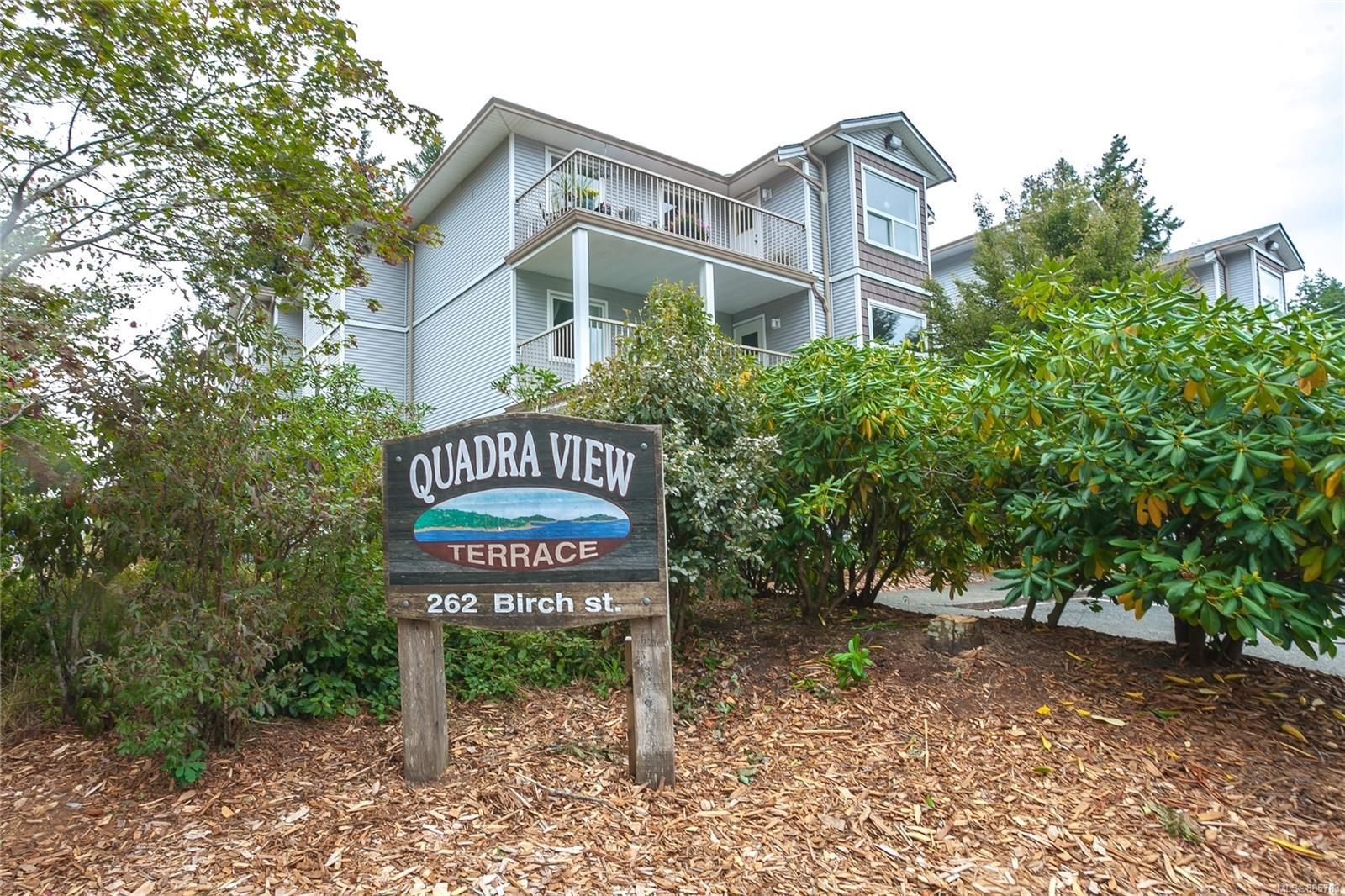 Main Photo: 307 262 Birch St in : CR Campbell River Central Condo for sale (Campbell River)  : MLS®# 885783