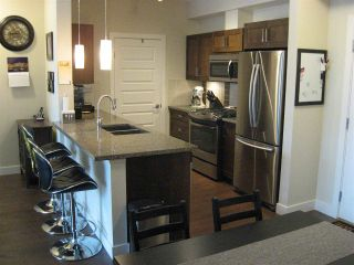 "Photo 4: 301 20078 FRASER Highway in Langley: Langley City Condo for sale in ""Varsity"" : MLS®# R2510892"
