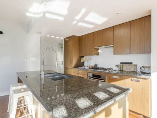 """Photo 15: 2001 1055 RICHARDS Street in Vancouver: Downtown VW Condo for sale in """"Donovan"""" (Vancouver West)  : MLS®# R2555936"""