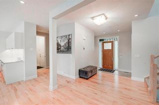 Photo 11: 2704 LIONEL Crescent SW in Calgary: Lakeview Detached for sale : MLS®# C4297137