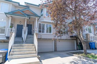 Main Photo: 45 38A Avenue SW in Calgary: Parkhill Row/Townhouse for sale : MLS®# A1127282