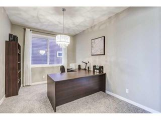 Photo 4: 85 Cougar Ridge Close SW in Calgary: Cougar Ridge Detached for sale : MLS®# A1095073