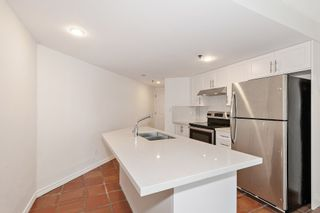"Photo 7: 311 1988 MAPLE Street in Vancouver: Kitsilano Condo for sale in ""THE MAPLES"" (Vancouver West)  : MLS®# R2497159"