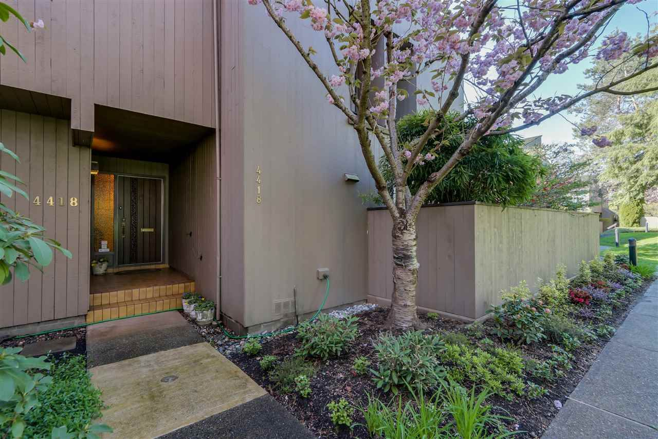 """Main Photo: 4418 YEW Street in Vancouver: Quilchena Townhouse for sale in """"ARBUTUS WEST"""" (Vancouver West)  : MLS®# R2055767"""