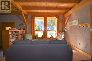 Photo 10: 230 WOODLEY Drive in Hinton: House for sale : MLS®# A1134123