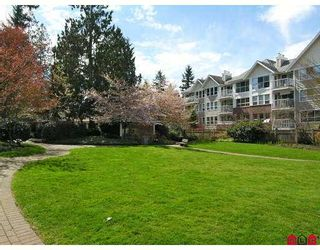 """Photo 9: 102 9668 148TH Street in Surrey: Guildford Condo for sale in """"Hartford Woods"""" (North Surrey)  : MLS®# F2708575"""