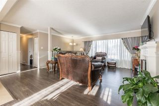 Photo 2: 6140 WILLIAMS Road in Richmond: Woodwards House for sale : MLS®# R2130968