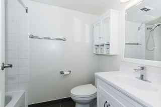 """Photo 8: 308 55 TENTH Street in New Westminster: Downtown NW Condo for sale in """"Westminster Towers"""" : MLS®# R2353028"""