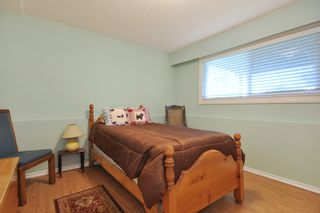 Photo 15: 3818 CHADSEY Crescent in Abbotsford: Central Abbotsford House for sale : MLS®# R2009421