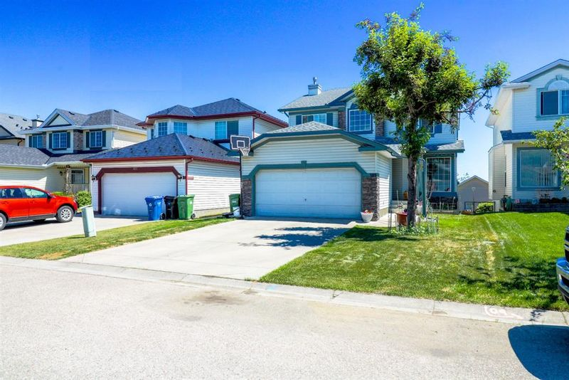 FEATURED LISTING: 109 Harvest Oak View Northeast Calgary