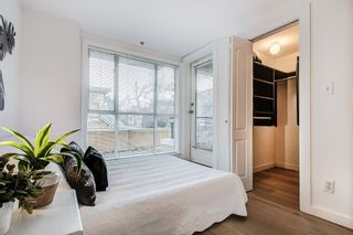 """Photo 12: 2110 YEW Street in Vancouver: Kitsilano Townhouse for sale in """"Magnolia Gardens"""" (Vancouver West)  : MLS®# R2348200"""