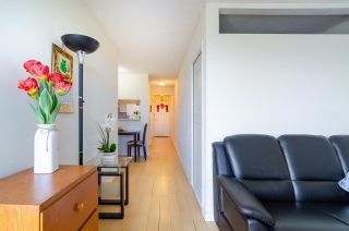 """Photo 10: 1206 3455 ASCOT Place in Vancouver: Collingwood VE Condo for sale in """"QUEENS COURT"""" (Vancouver East)  : MLS®# R2564219"""
