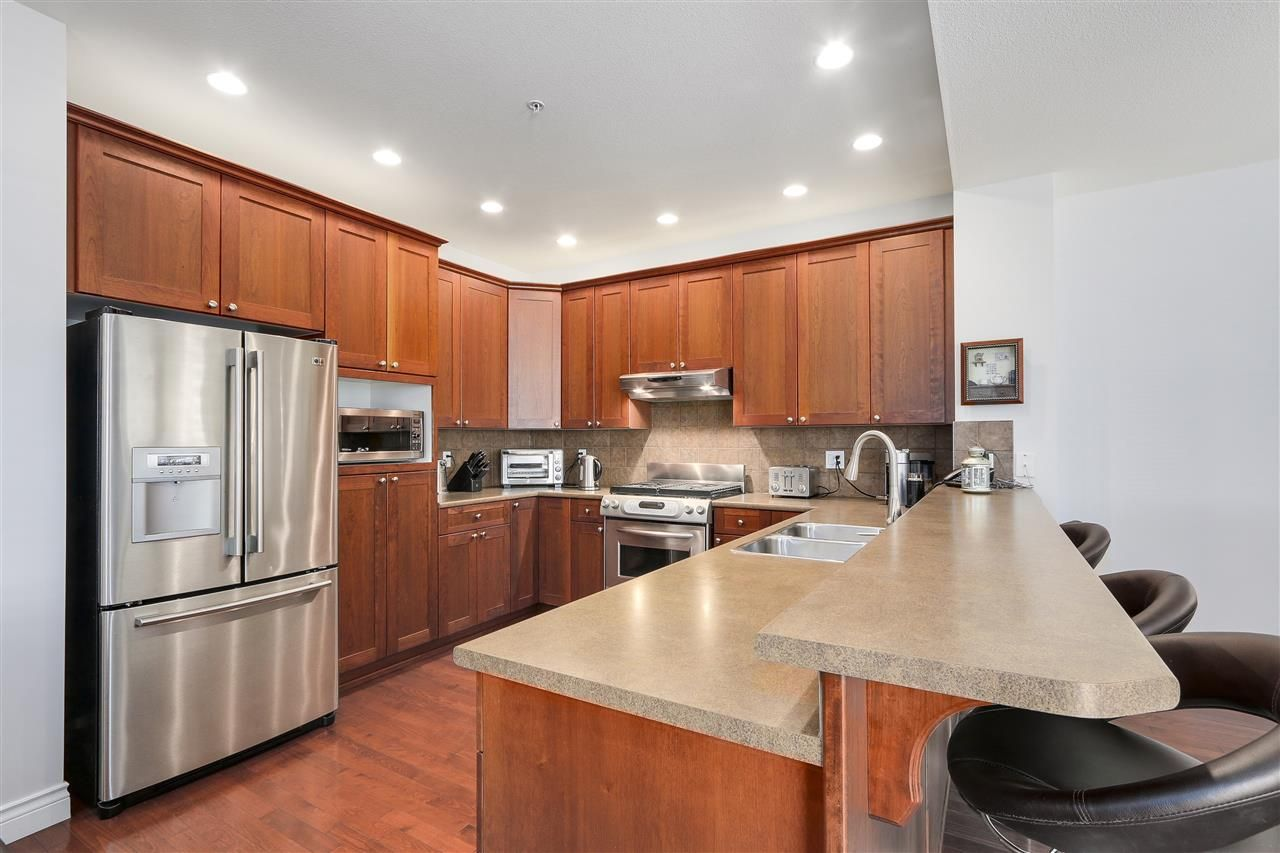 Photo 1: Photos: 56 1701 PARKWAY BOULEVARD in Coquitlam: Westwood Plateau House for sale : MLS®# R2180508