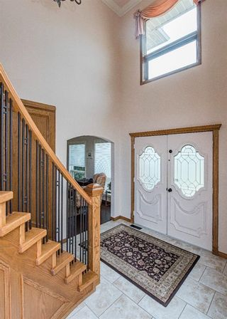 Photo 3: 519 Woodhaven Bay SW in Calgary: Woodbine Detached for sale : MLS®# A1130696