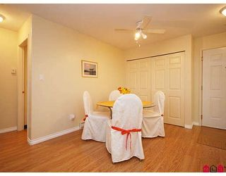 """Photo 3: 205 20189 54TH Avenue in Langley: Langley City Condo for sale in """"CATALINA GARDENS"""" : MLS®# F2900010"""